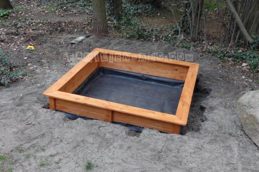 Sandkastenvlies Verlegung